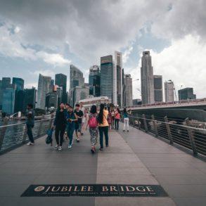 Así planea Singapur disminuir el uso de automóviles al mínimo