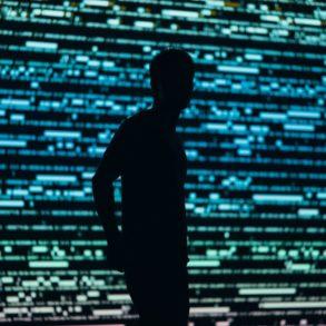 Reconocimiento facial en tiempo real como sistema de vigilancia
